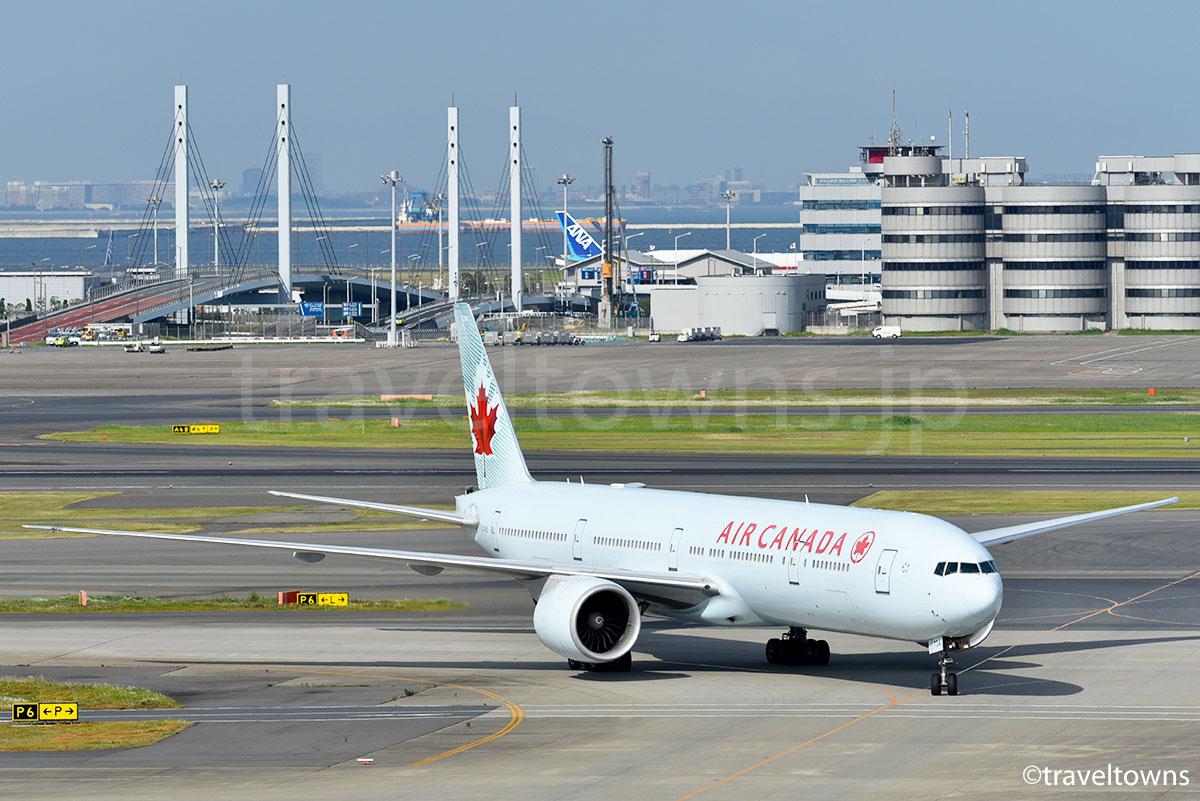 エアカナダのB777-300