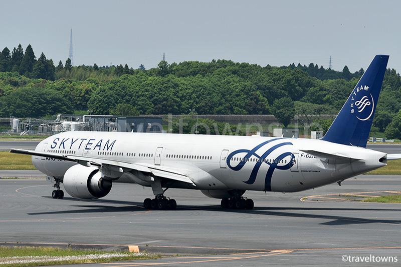 エールフランス航空のB777-300ER スカイチーム塗装