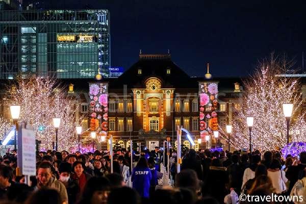 東京駅の赤レンガ駅舎を望むイルミネーション、東京ミチテラス2017が開催
