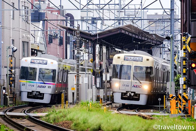 浜田山駅に発着する京王井の頭線の1000系