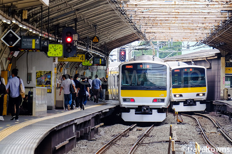 代々木駅を発着するJR中央・総武線各駅停車のE231系500番台
