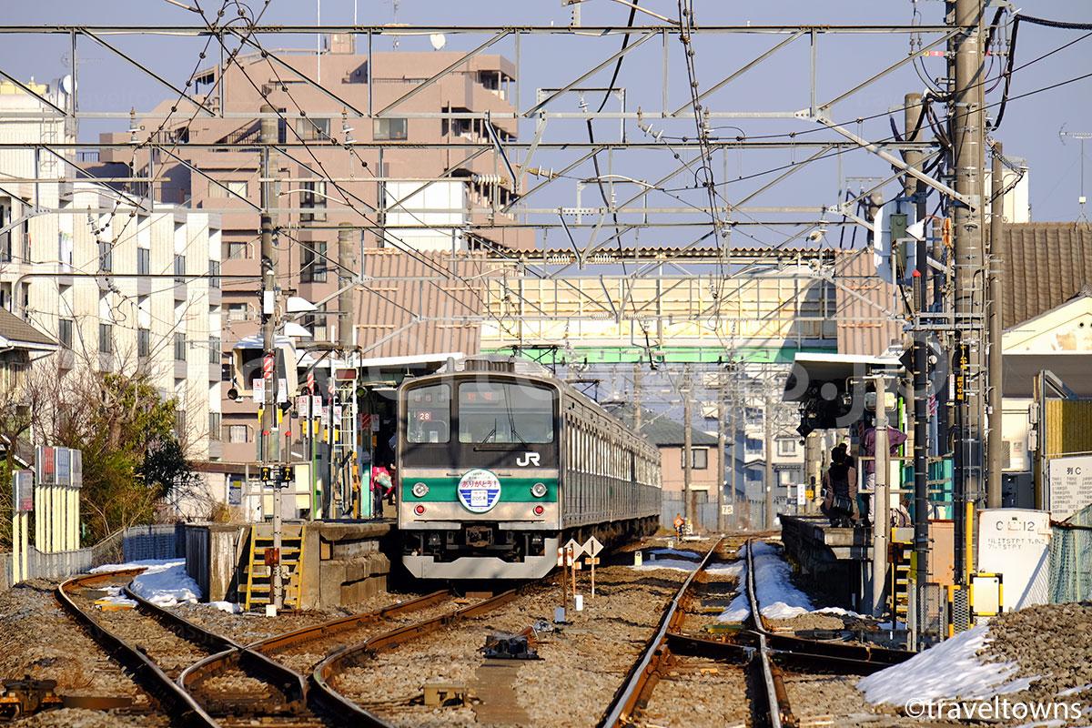 南古谷駅に停車中のJR埼京線205系