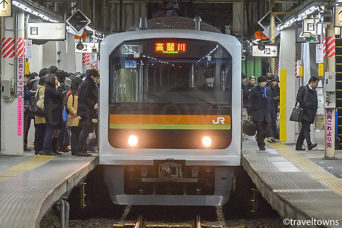 川越駅に停車中のJR川越線