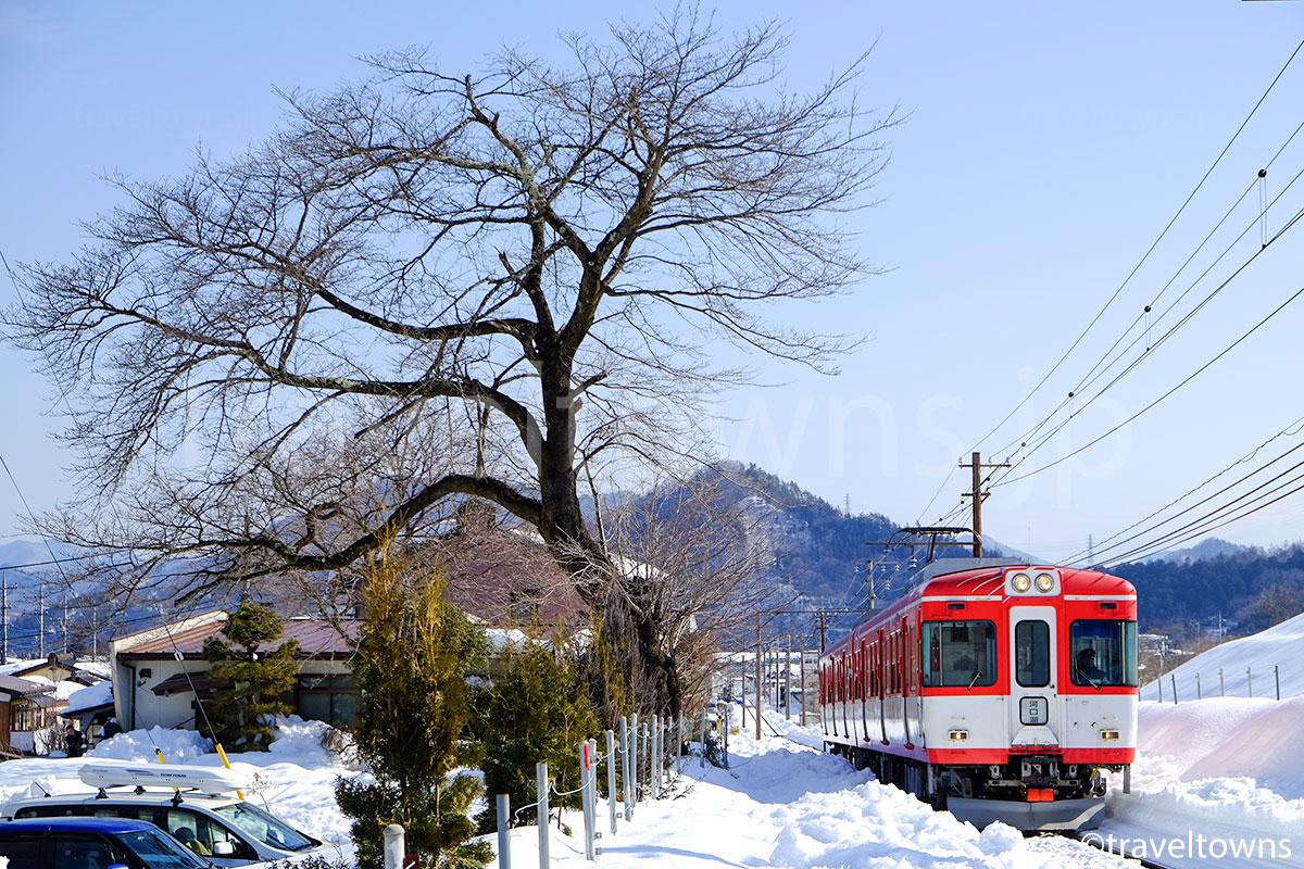 富士急行1200系のマッターホルン号