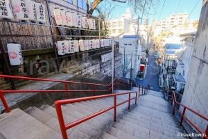 須賀神社の階段(アニメ『君の名は。』に登場)