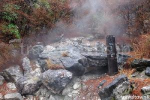 葬頭川の婆石
