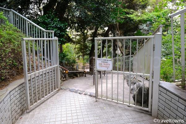 麹町駅側にある通用門