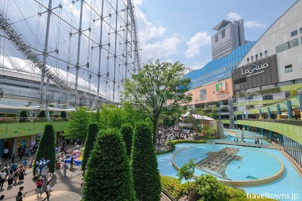 東京ドームに隣接し、ラクーアなどと合わせて楽しめる